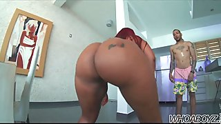 BIG BOOTY DOMINICAN MAMA'S gets fuck by a big dick