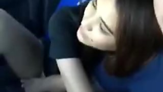 Pinay blowjob her BF while driving
